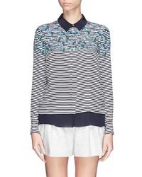 Camisa de vestir estampada en blanco y azul