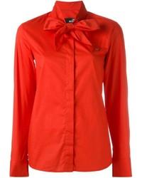 Camisa roja de Love Moschino