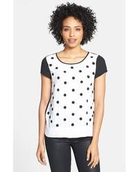 Camiseta con cuello circular a lunares blanca