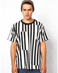 Camiseta con cuello circular de rayas verticales en blanco y negro