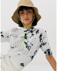 Camiseta con cuello circular efecto teñido anudado blanca