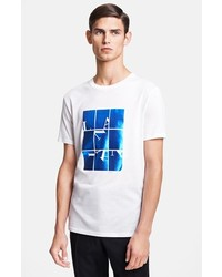 Camiseta con cuello circular estampada en blanco y azul