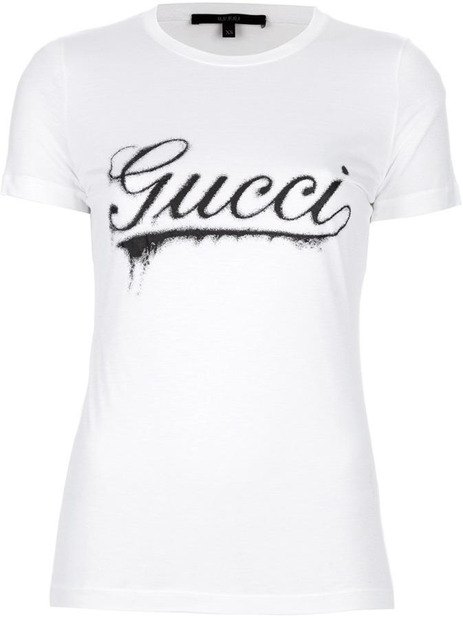 c9a94f9d46 Camiseta con cuello circular estampada en blanco y negro de Gucci ...