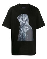 Camiseta con cuello circular estampada negra de Juun.J