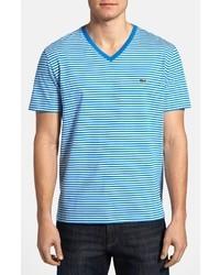 Camiseta con cuello en v de rayas horizontales en blanco y azul