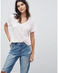 Camiseta con cuello en v de rayas horizontales rosada