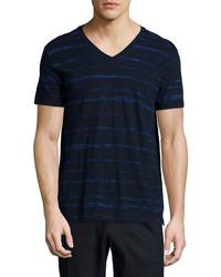 Camiseta con cuello en v estampada azul marino