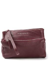 Cartera sobre de cuero burdeos de Givenchy