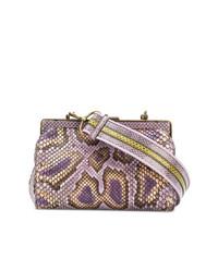 Cartera sobre de cuero con print de serpiente violeta claro de Bottega Veneta