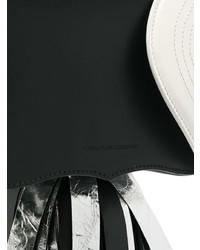 Cartera sobre de cuero en negro y blanco de Calvin Klein 205W39nyc