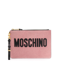 Cartera sobre de cuero estampada rosada de Moschino