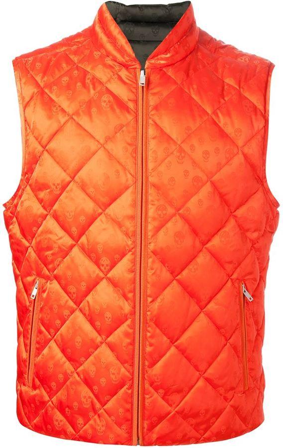 Chaleco de abrigo acolchado rojo de Alexander McQueen