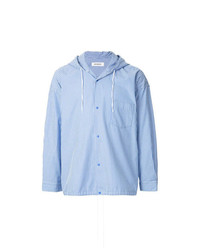 Chaqueta estilo camisa de rayas verticales celeste de Monkey Time