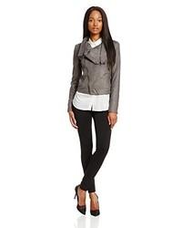 Look de moda  Zapatos de tacón de cuero estampados blancos a92d73b6ca995