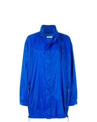 Chubasquero azul de Givenchy