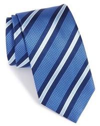 Corbata de rayas horizontales azul