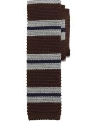 Corbata de rayas horizontales marrón
