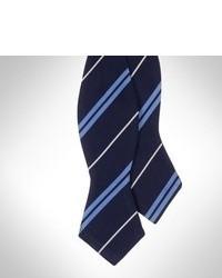 Corbatín de rayas horizontales en blanco y azul marino