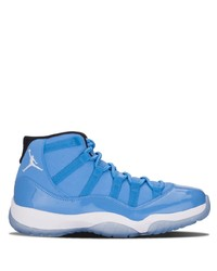 Deportivas azules de Jordan