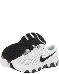 Deportivas en blanco y negro
