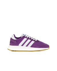 Deportivas en violeta de adidas
