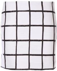 Falda con volante a cuadros en blanco y negro