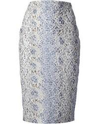 Falda lápiz estampada en blanco y azul
