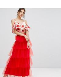 Falda larga de tul roja