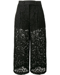 Falda pantalón de encaje negra de Valentino