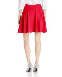Falda skater roja de Star Vixen
