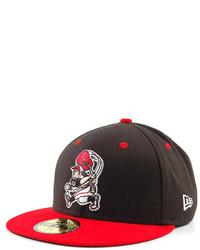 Gorra de béisbol en rojo y negro