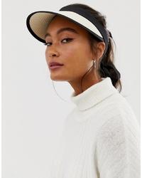 Gorra inglesa de paja en beige