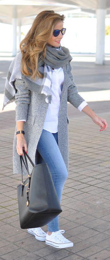 Combinar abrigo gris claro mujer