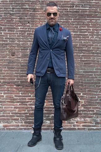 Cómo combinar: blazer de algodón azul marino, camisa de vestir azul marino, vaqueros pitillo azul marino, botines chelsea de cuero negros