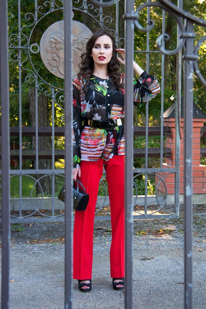 Como Combinar Un Pantalon De Vestir Rojo 23 Outfits Lookastic Espana