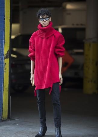 Cómo combinar: botines chelsea de cuero negros, vaqueros pitillo negros, jersey de cuello alto de lana de punto rojo