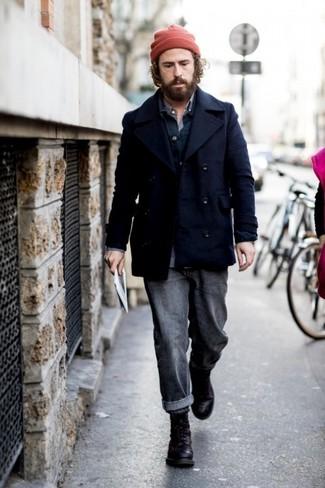 Combinar una chaqueta estilo camisa azul marino: Ponte una chaqueta estilo camisa azul marino y unos vaqueros en gris oscuro para cualquier sorpresa que haya en el día. Botas casual de cuero negras son una opción atractiva para completar este atuendo.