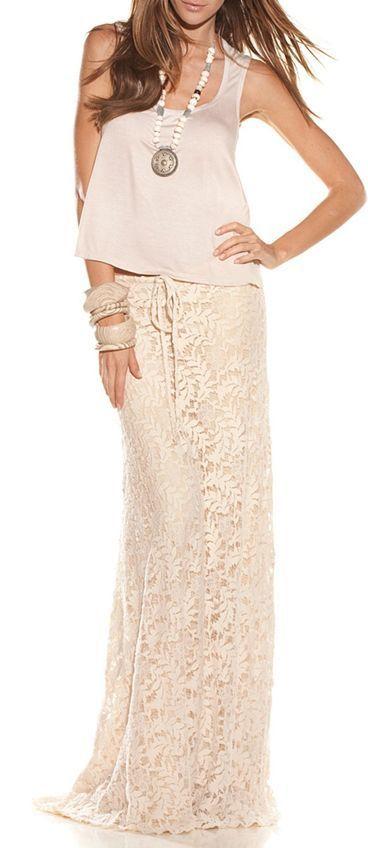 5824d07d0 Cómo combinar una falda larga de encaje (9 looks de moda) | Moda ...