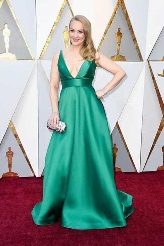 Vestido verde jade corto y zapatos
