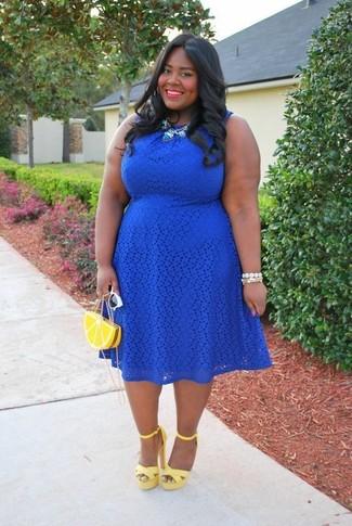 f3c41b686 Cómo combinar un vestido skater de encaje azul marino (5 looks de ...