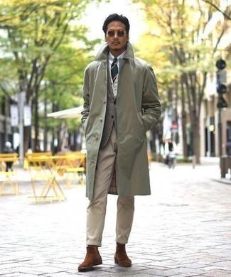 Combinar un blazer de lana de tartán gris: Considera ponerse un blazer de lana de tartán gris y un pantalón chino marrón claro para crear un estilo informal elegante. ¿Por qué no ponerse botines chelsea de ante marrónes a la combinación para dar una sensación más clásica?