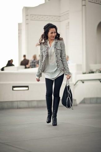 Como combinar una chaqueta gris de mujer