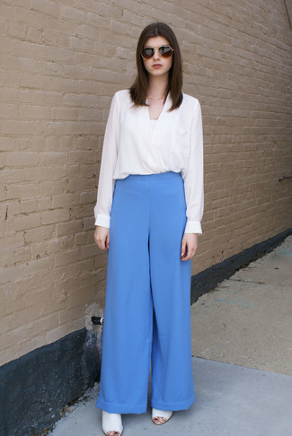 Pantalones anchos celestes de Stella McCartney