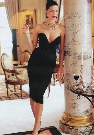 Vestido negro de collar