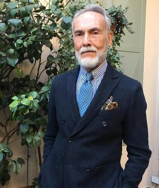 Cómo combinar: pañuelo de bolsillo estampado amarillo, corbata a lunares azul, camisa de vestir de rayas verticales en blanco y azul, blazer cruzado negro