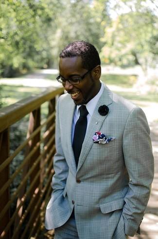 Cómo combinar: pañuelo de bolsillo estampado en multicolor, corbata negra, camisa de vestir blanca, traje en verde menta