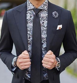 Cómo combinar: pañuelo de bolsillo blanco, corbata negra, camisa de vestir con print de flores negra, traje negro