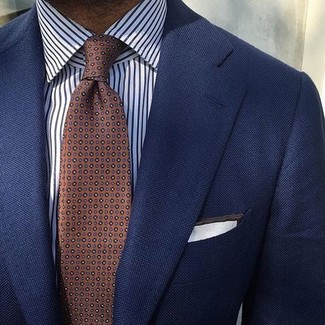 Combinar una corbata a lunares marrón: Ponte un blazer azul marino y una corbata a lunares marrón para un perfil clásico y refinado.