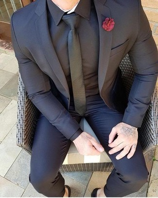 09b7f18b72 Cómo combinar un traje negro (280 looks de moda)