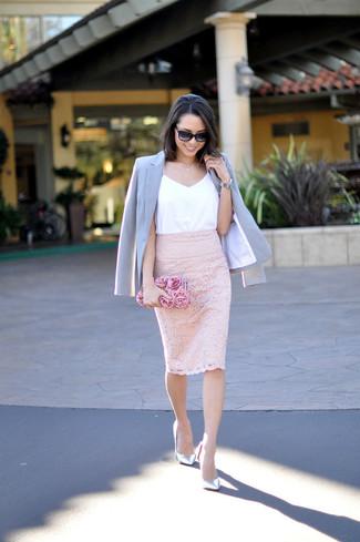 comprar bien reunirse estilo actualizado Cómo combinar una camiseta sin manga blanca con una falda ...